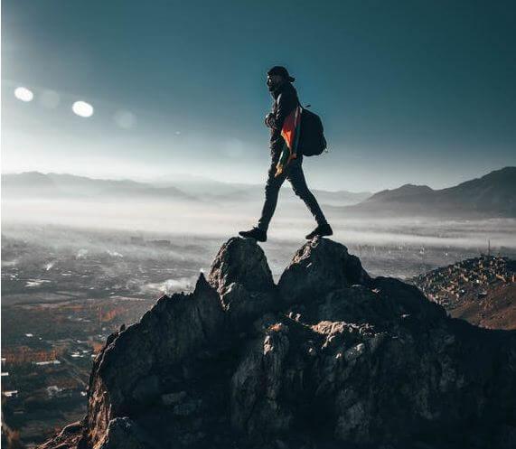 الثقة في النفس ماهي وكيف نكتسبها بخطوات